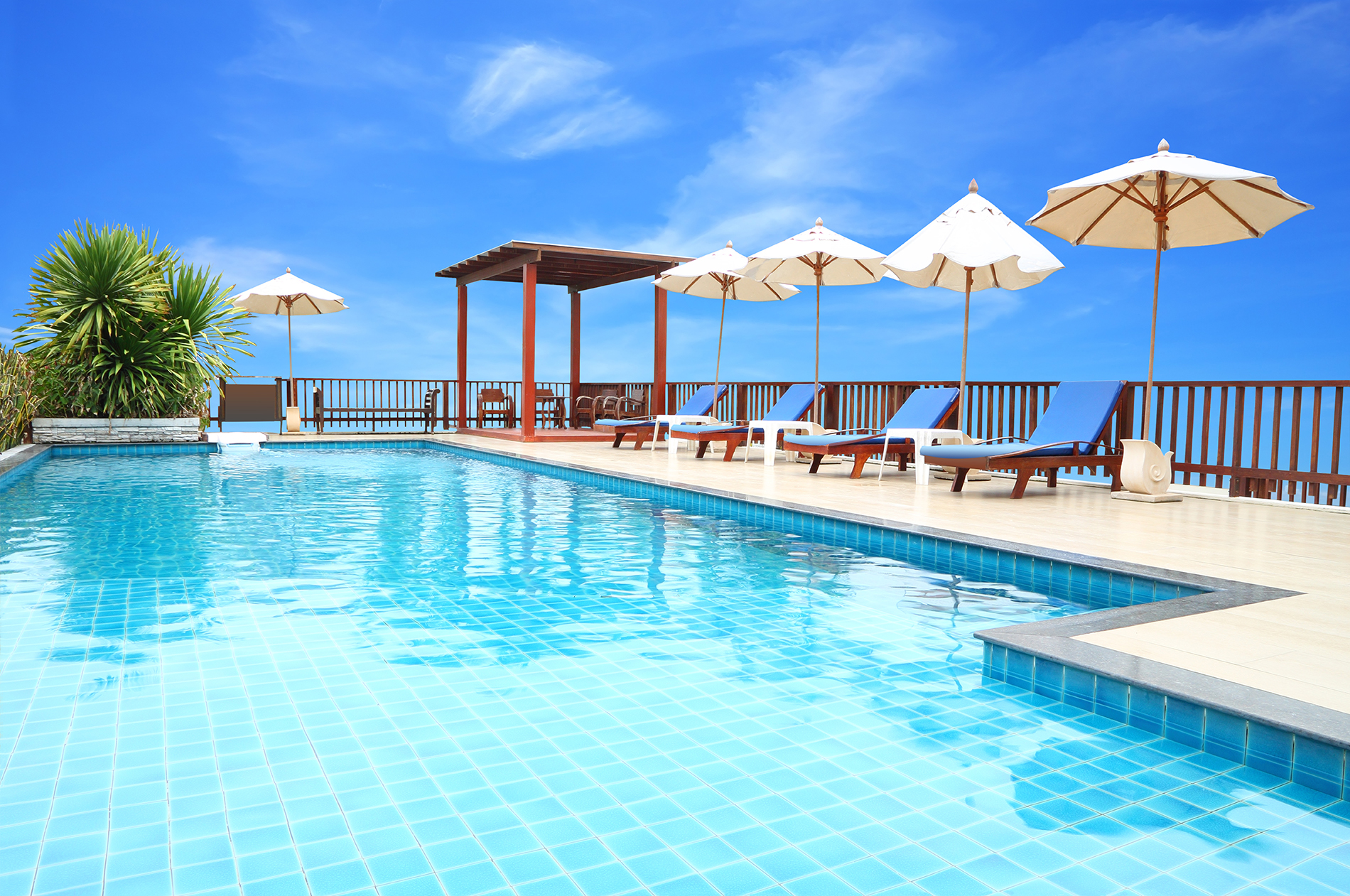 Blue Sky outdoor swimming pool 53780