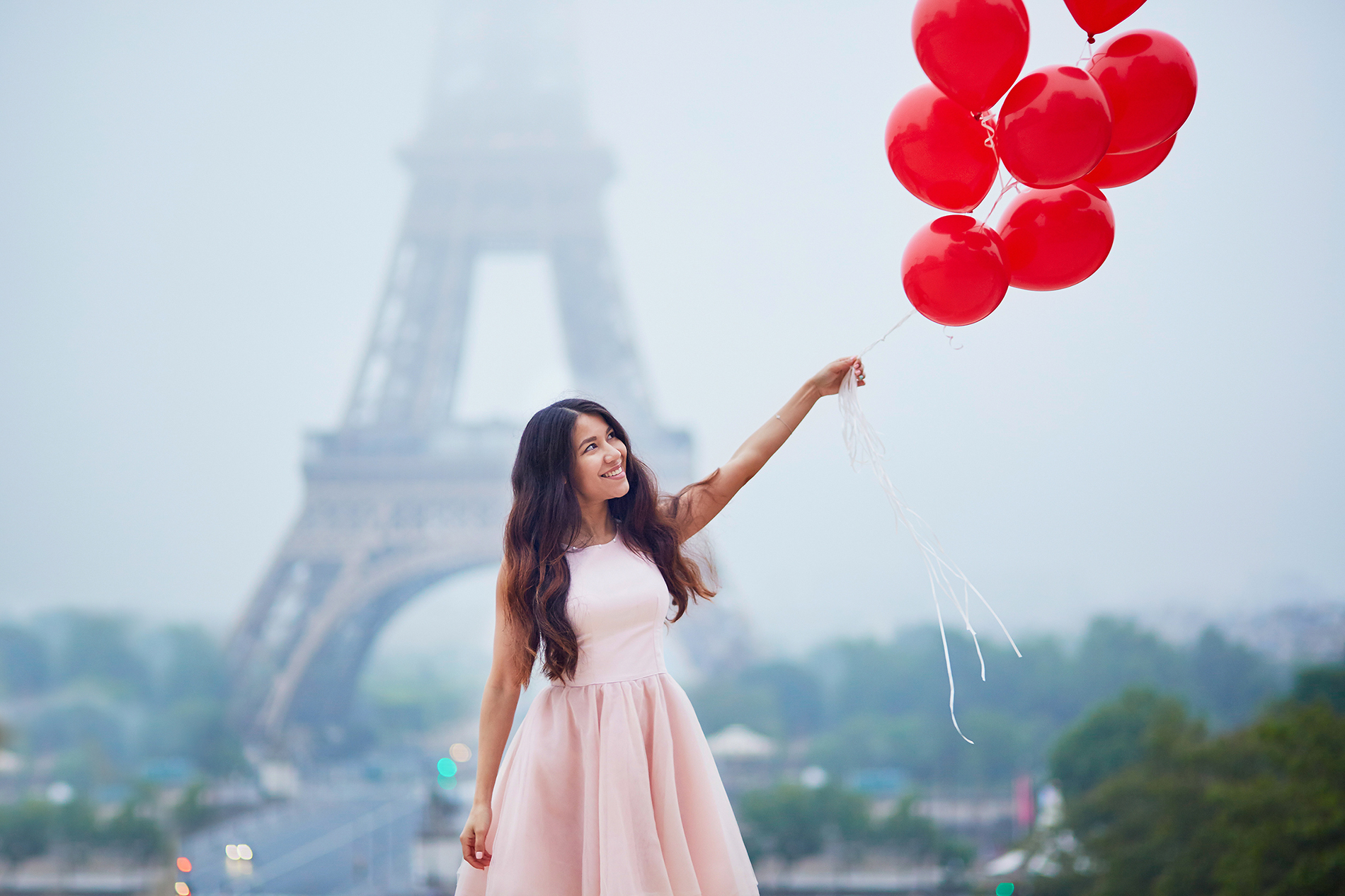 At the red balloon girl 53915
