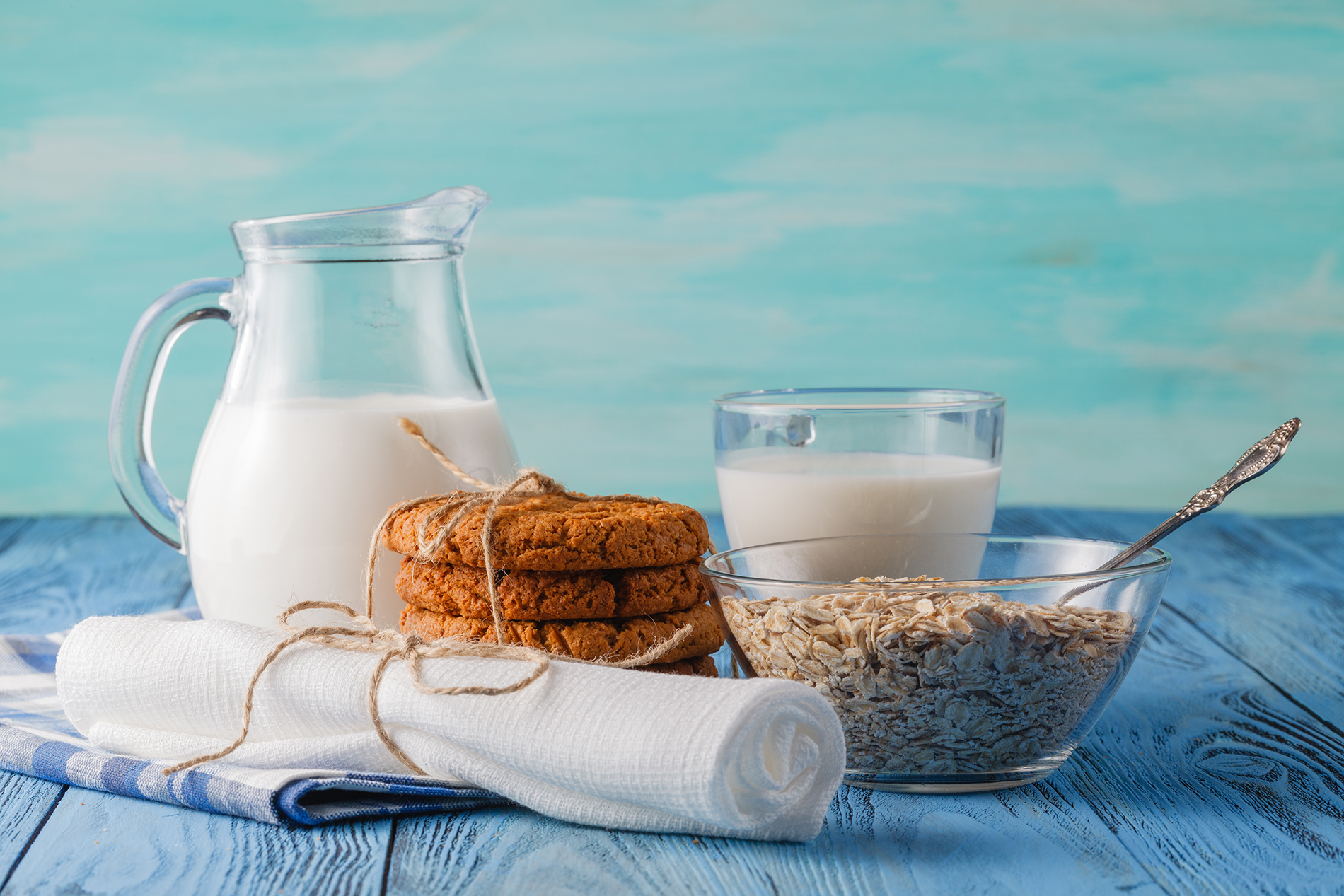 Milk Biscuits with Oatmeal and Breakfast  54031