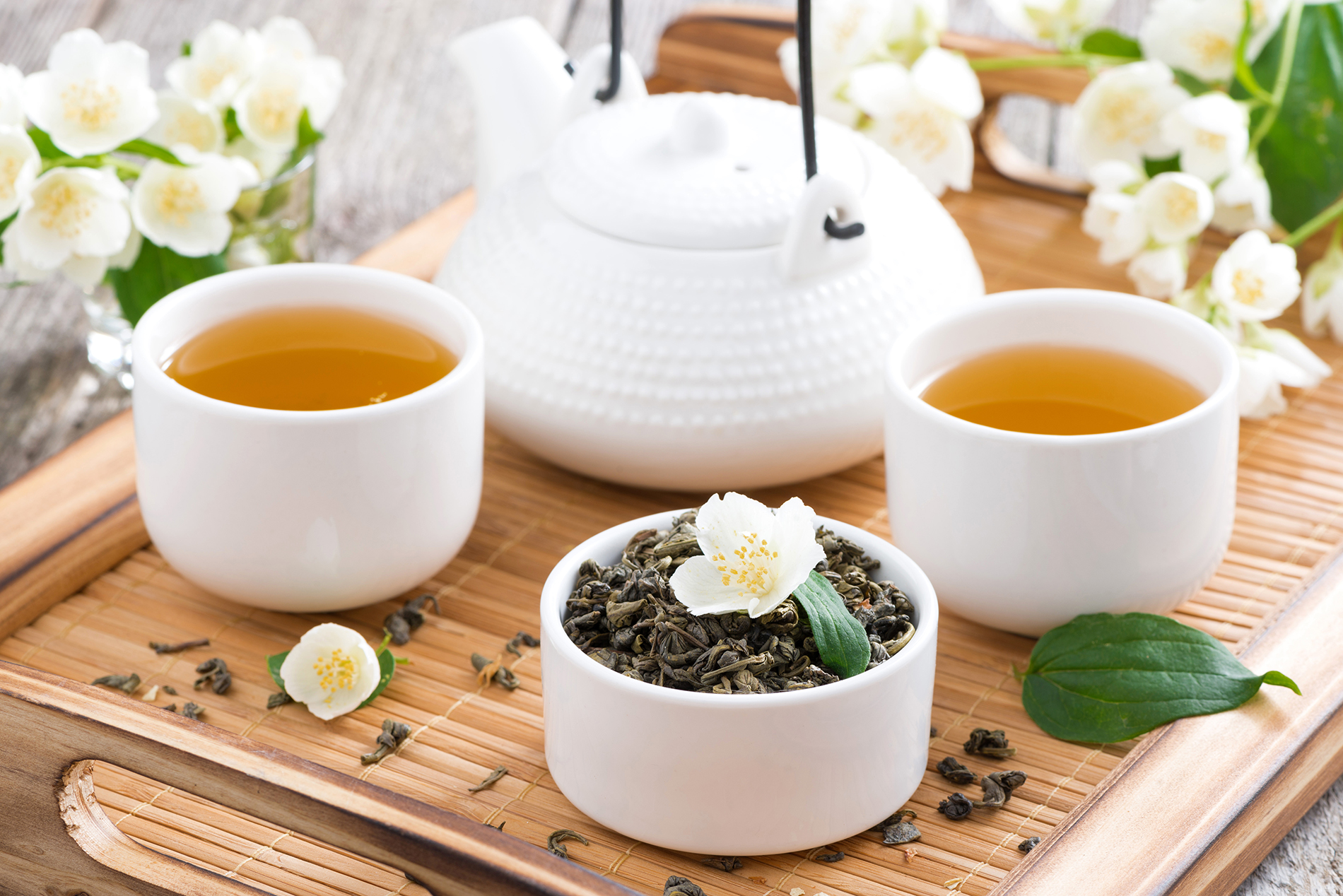 Tea with brewed flower tea  54036