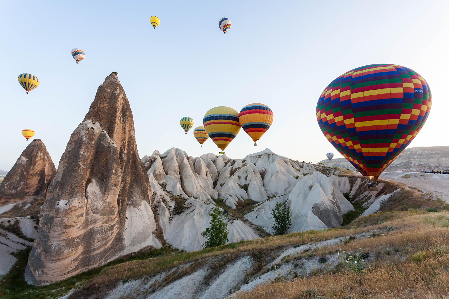 Rugged hills and hot air balloon scenery  54053