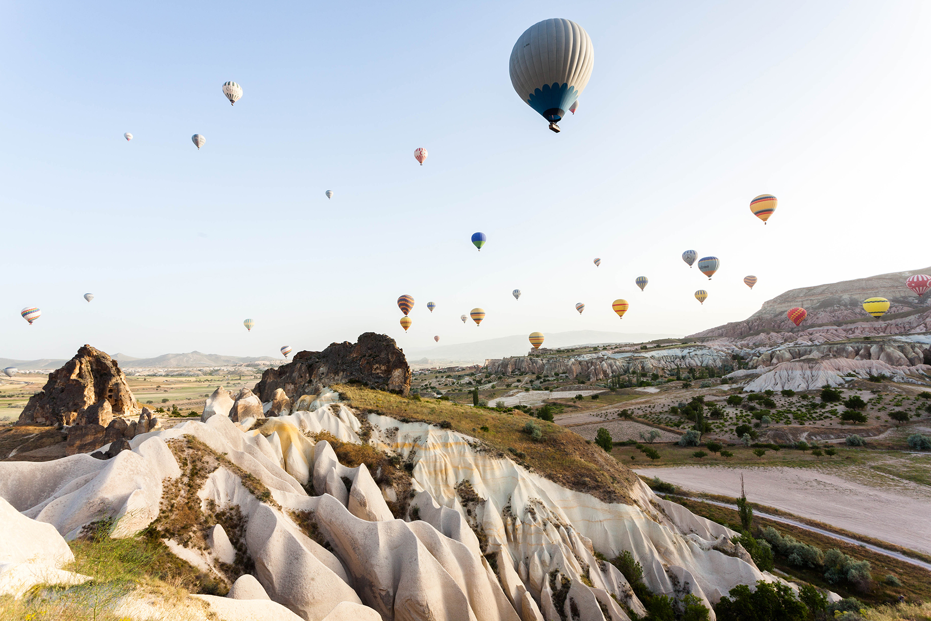 Mountain scenery with hot air balloon in the air  54070