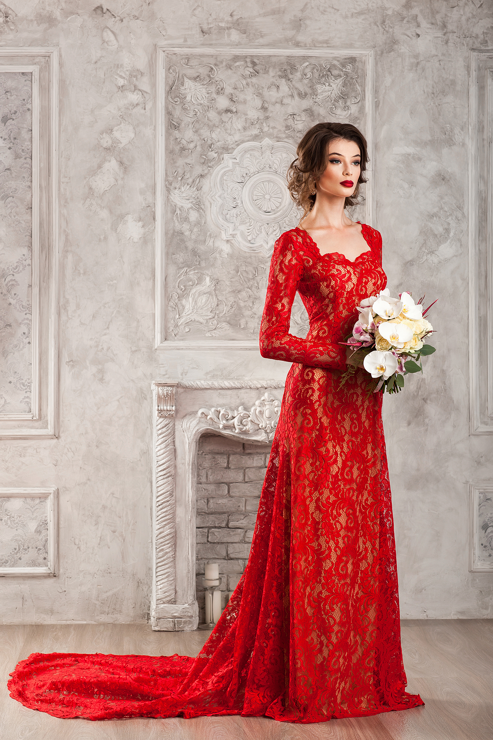 Red lace trailing dress  54093