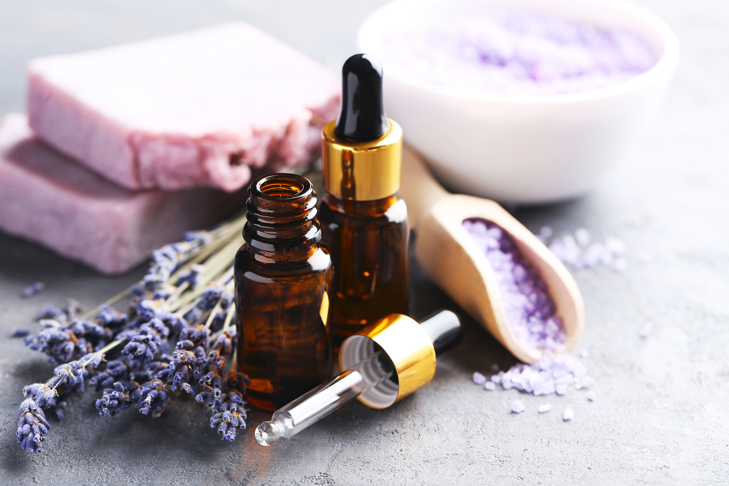 Aromatherapy products such as essential oils for skin care 54454