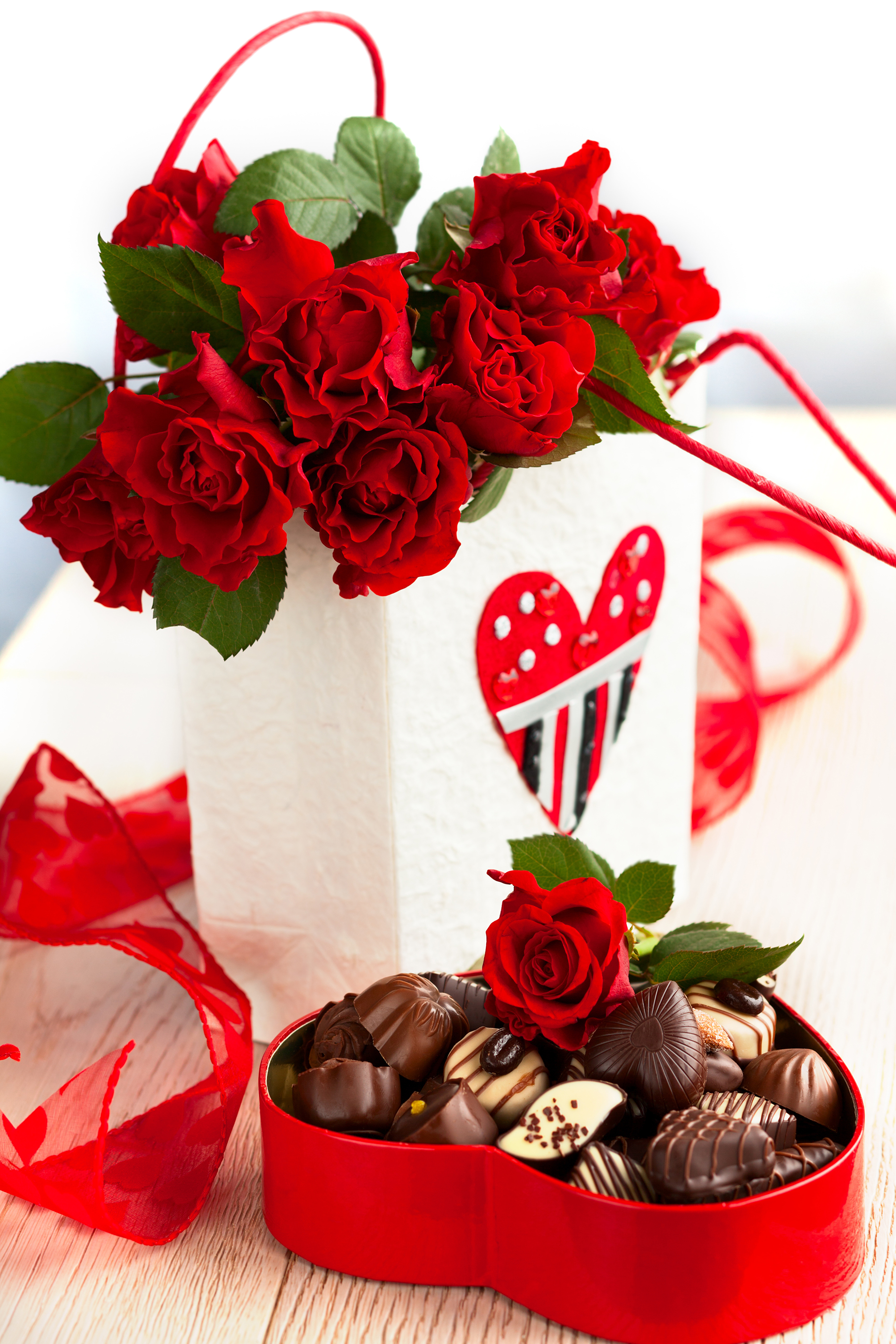 Red rose flower with chocolate 54499