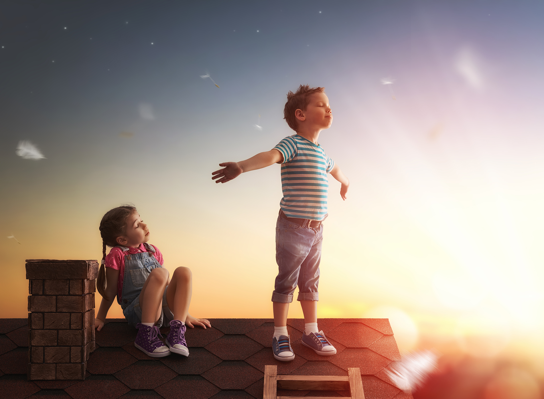 Little boy on the roof with little girl 54546