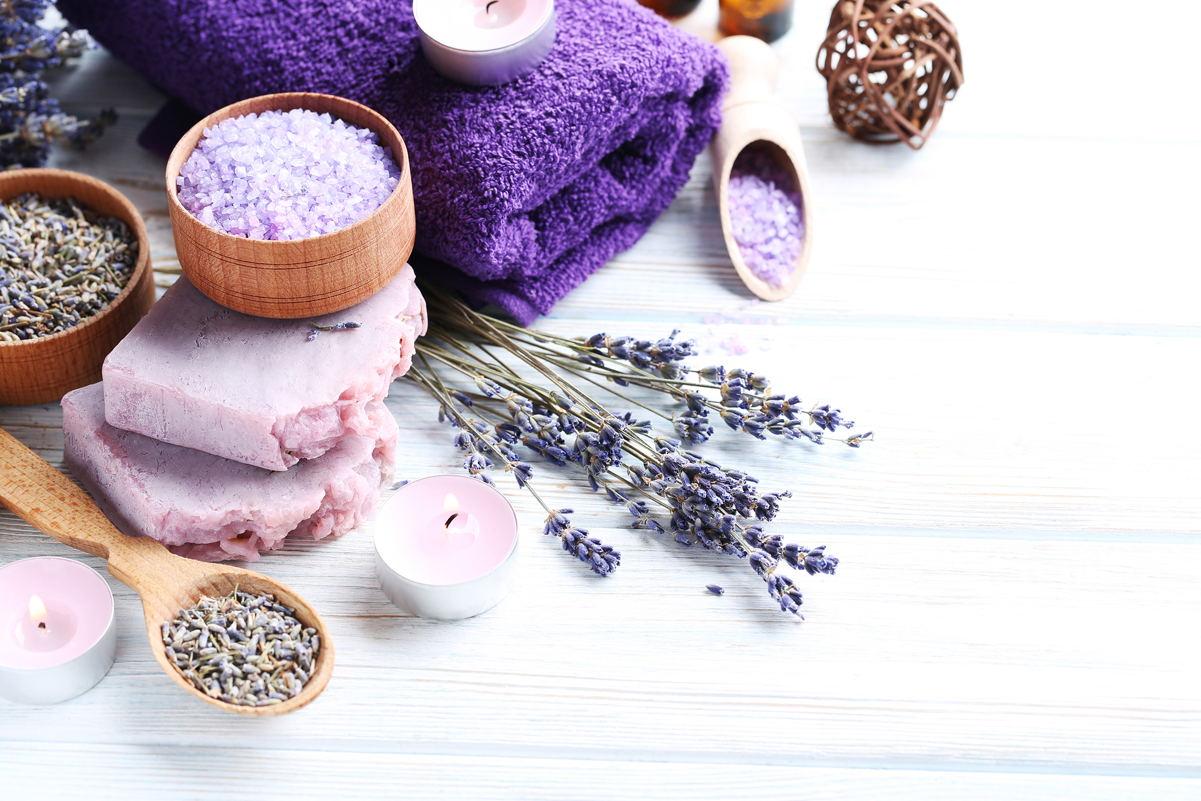 Aromatherapy bath salt with candle lavender 54590