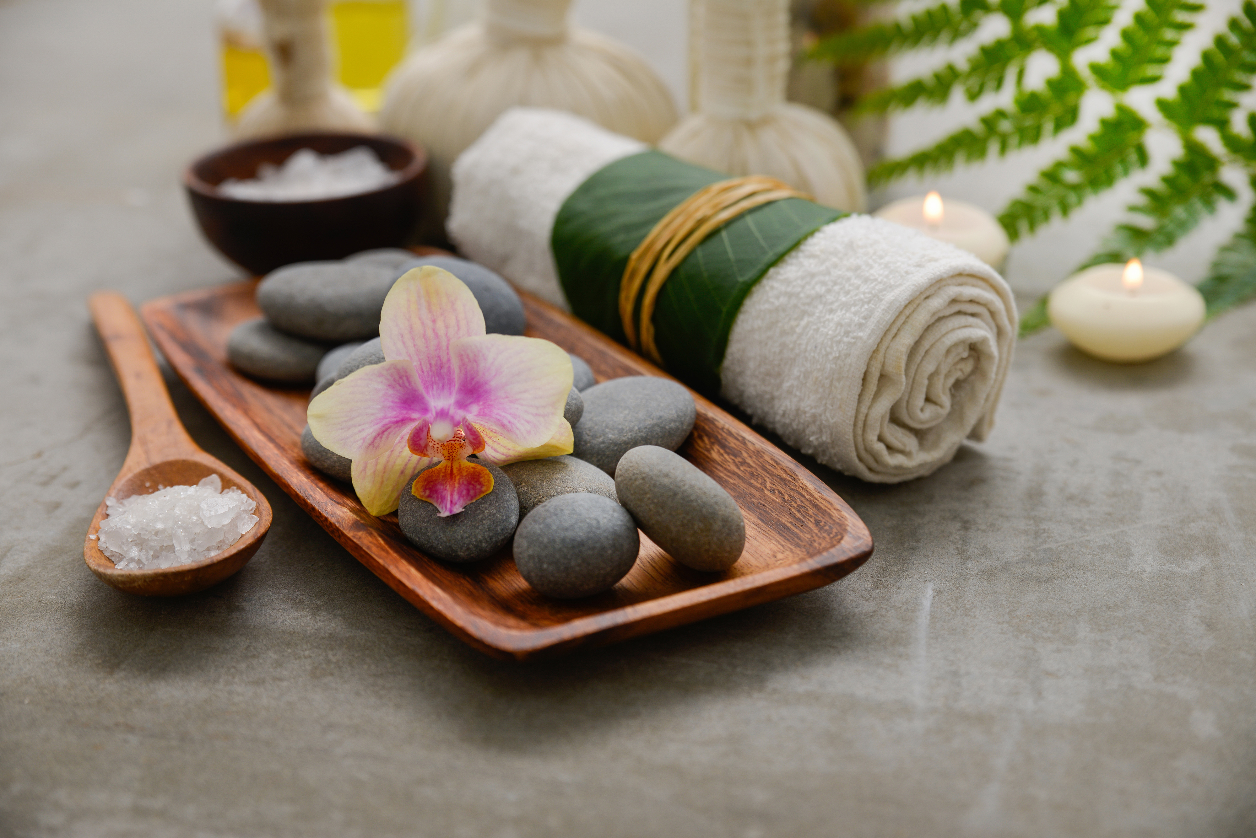 Towels, flowers and hot stones, etc., 54945