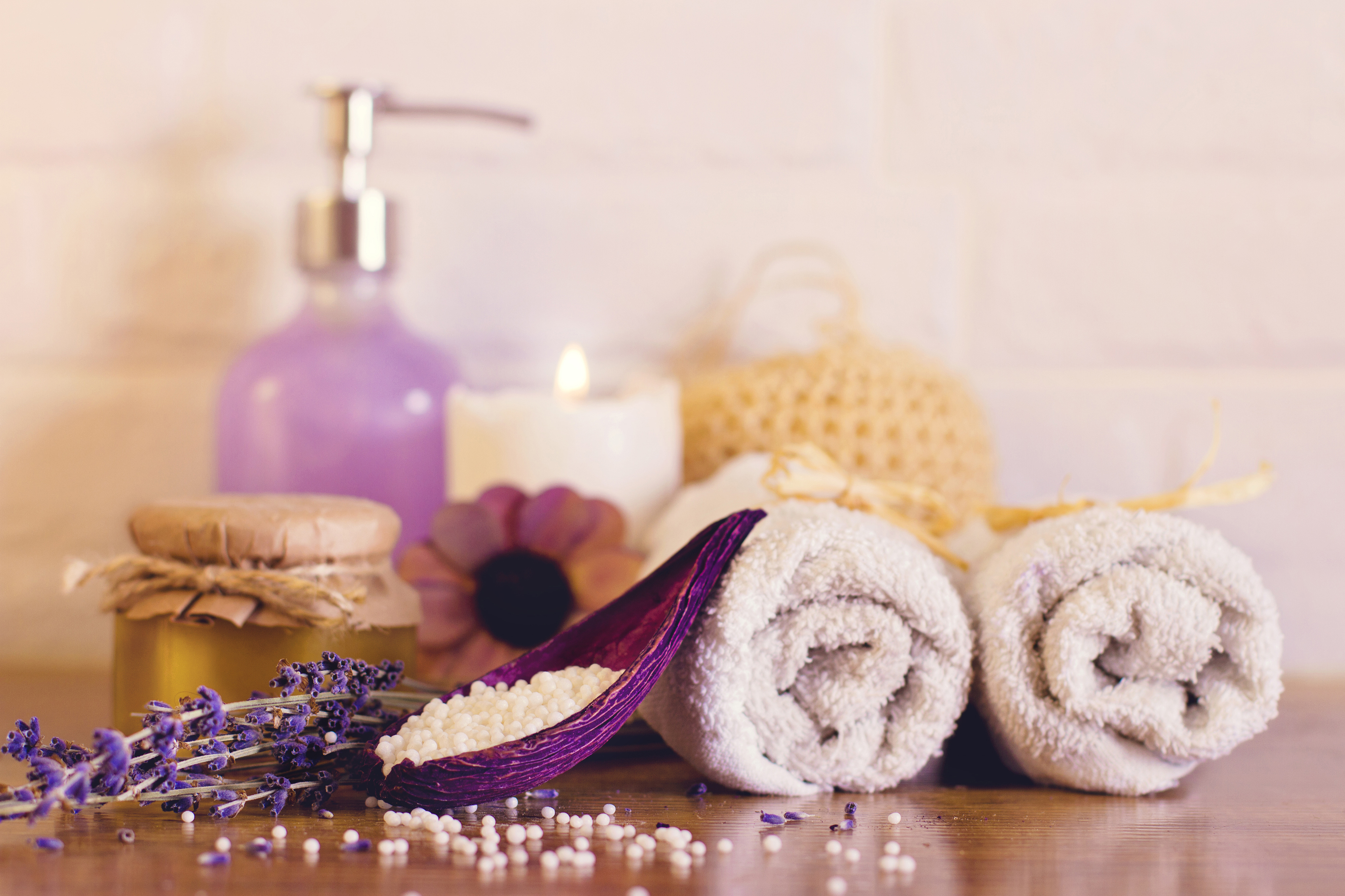 Lavender with towel candle 55064