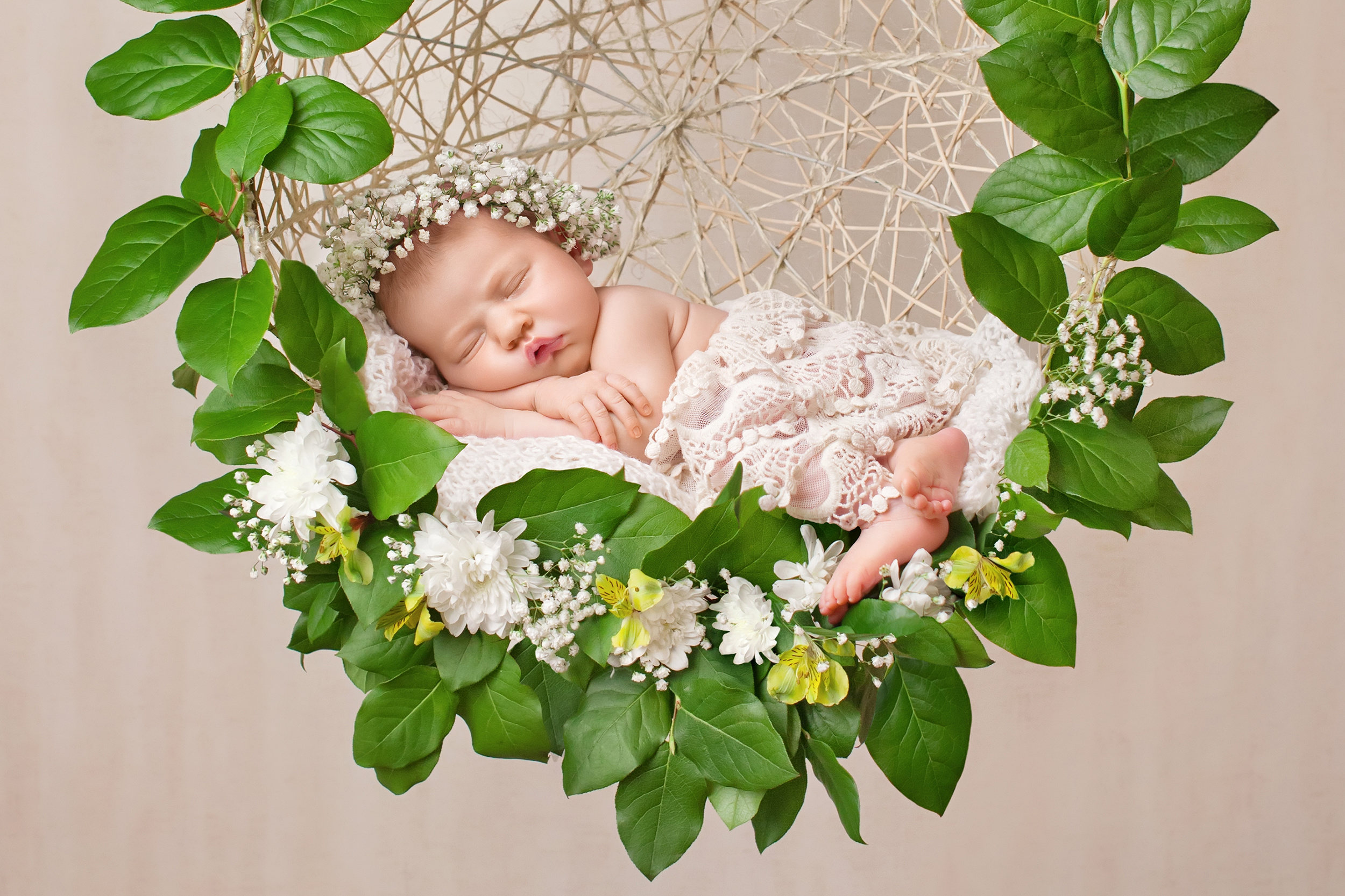 Cute little baby 4928 sleeping in the hanging basket 55177