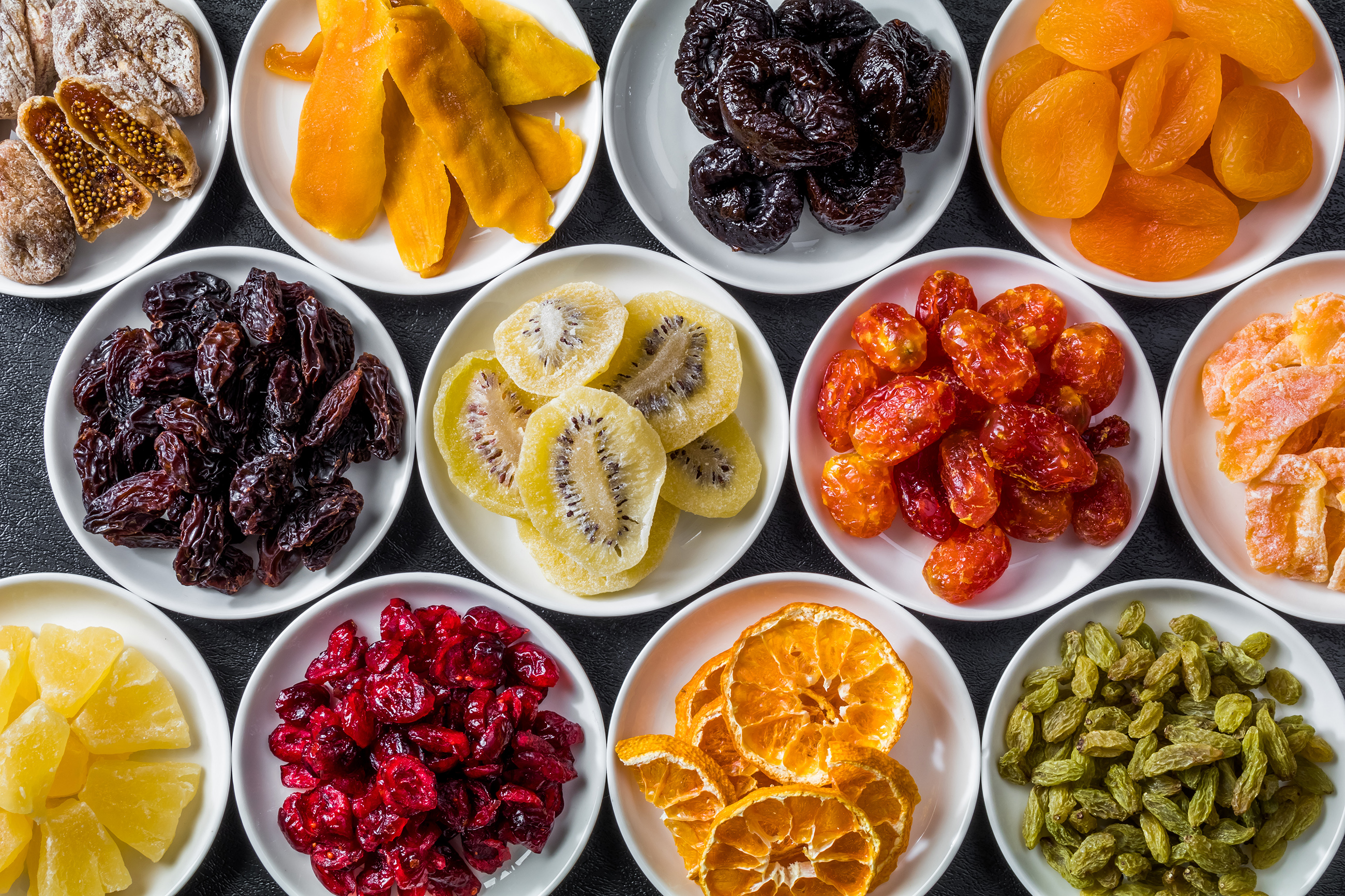 Variety of dried fruit 55206