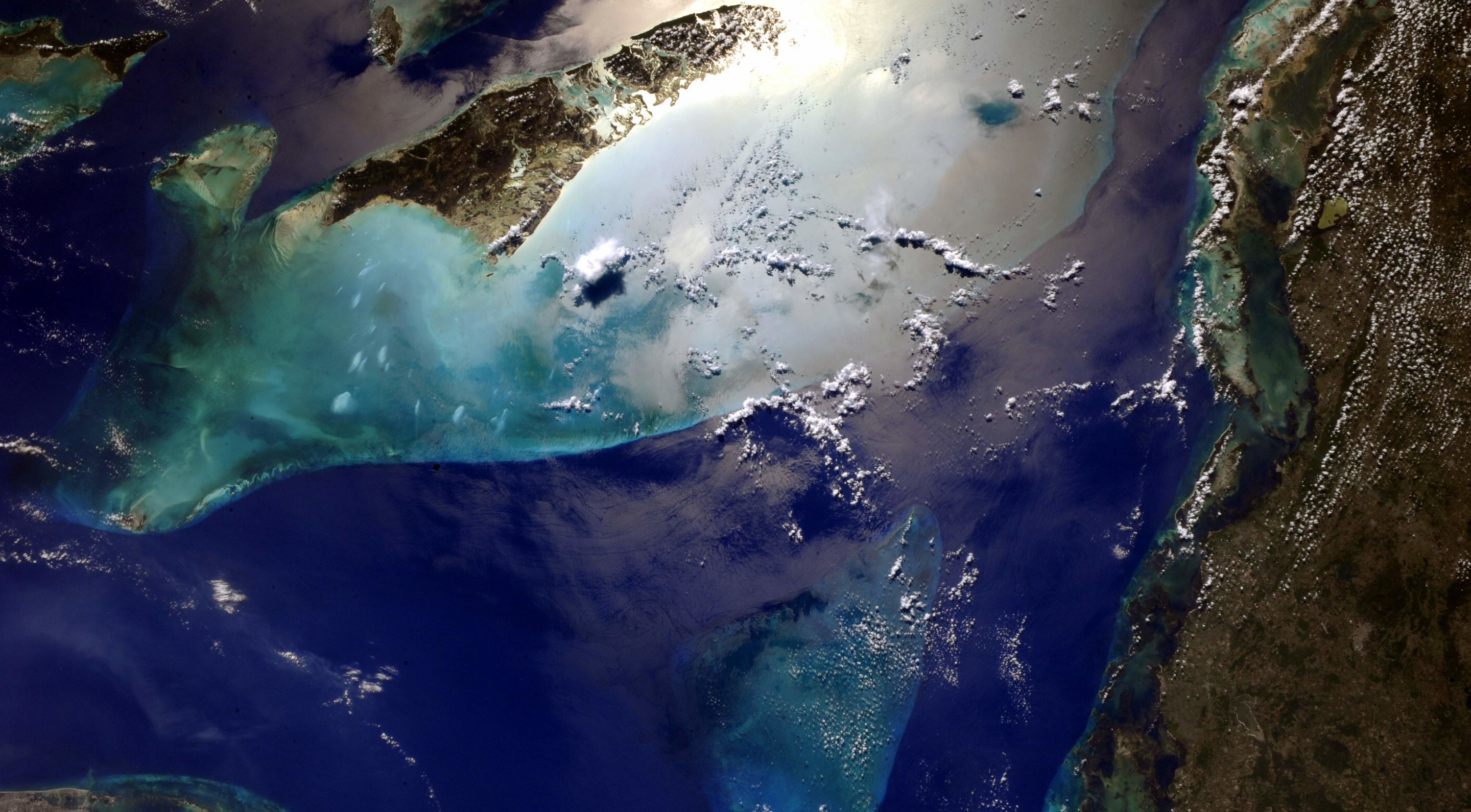 Cuba and Bahamas 4991 seen from space 55290
