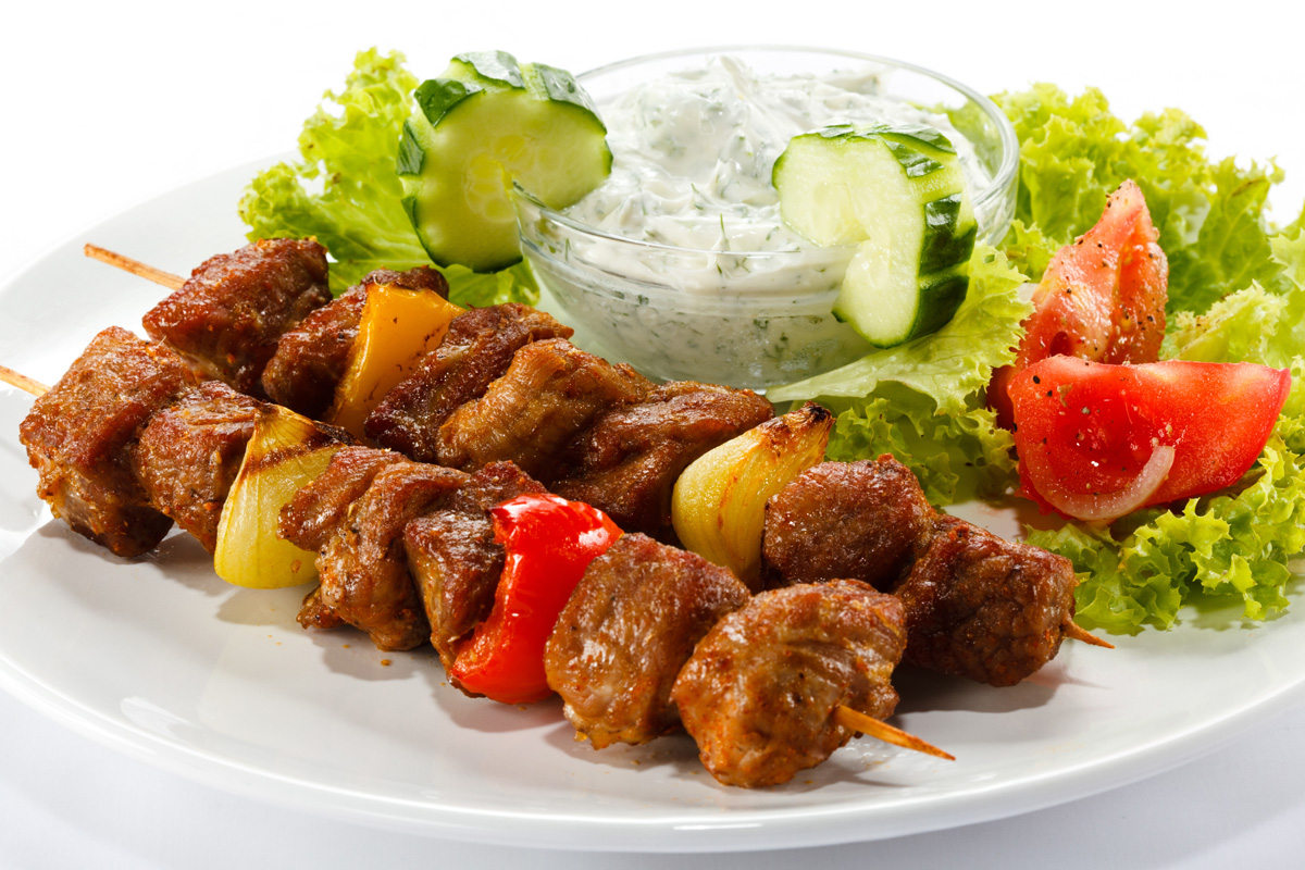Barbecue skewers salad 31215