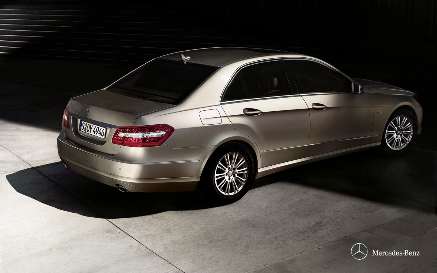 The new Mercedes-Benz E-Class Saloon wallpaper 31885
