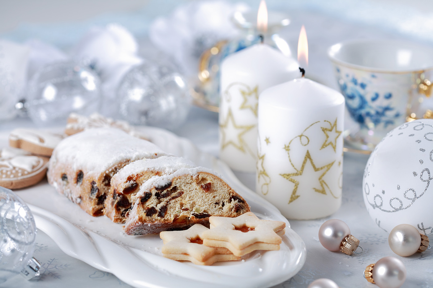 The Christmas candles pastries cuisine 32100