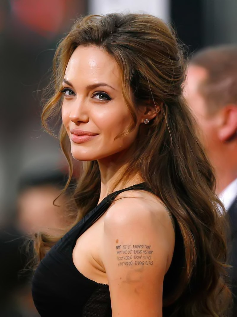 angelina jolies tattoo on shoulder 32369