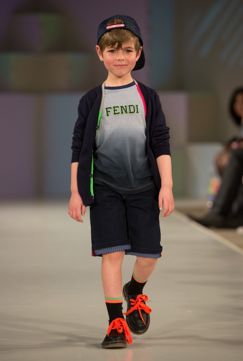Global Kids Fashion Week Show 32622