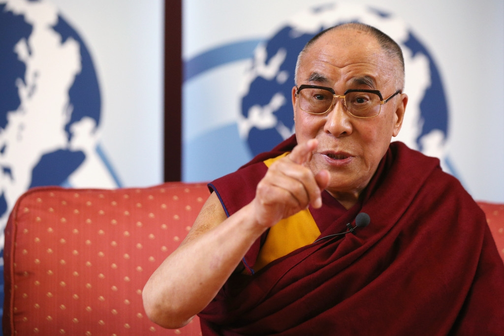 The Dalai Lama Speaks in Cambridge 32656