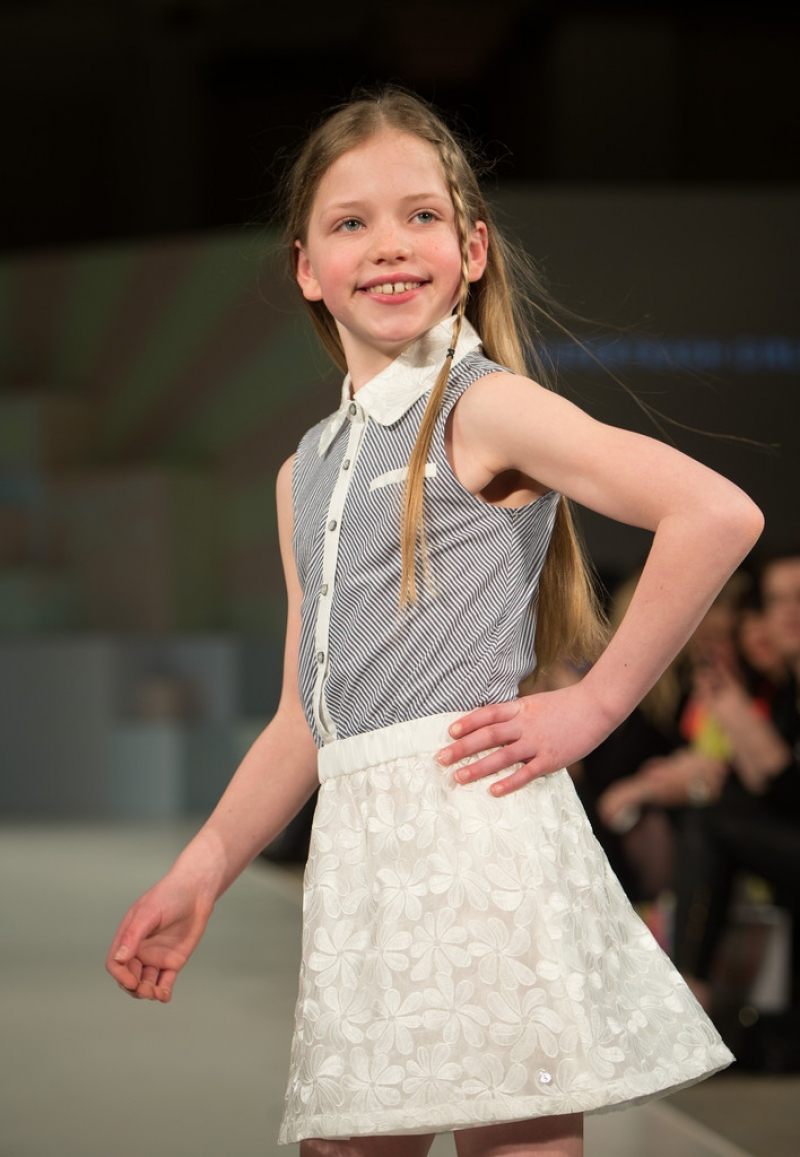 Global Kids Fashion Week Show 32658
