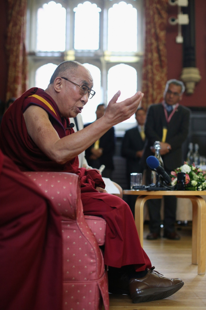 The Dalai Lama Speaks in Cambridge 32679