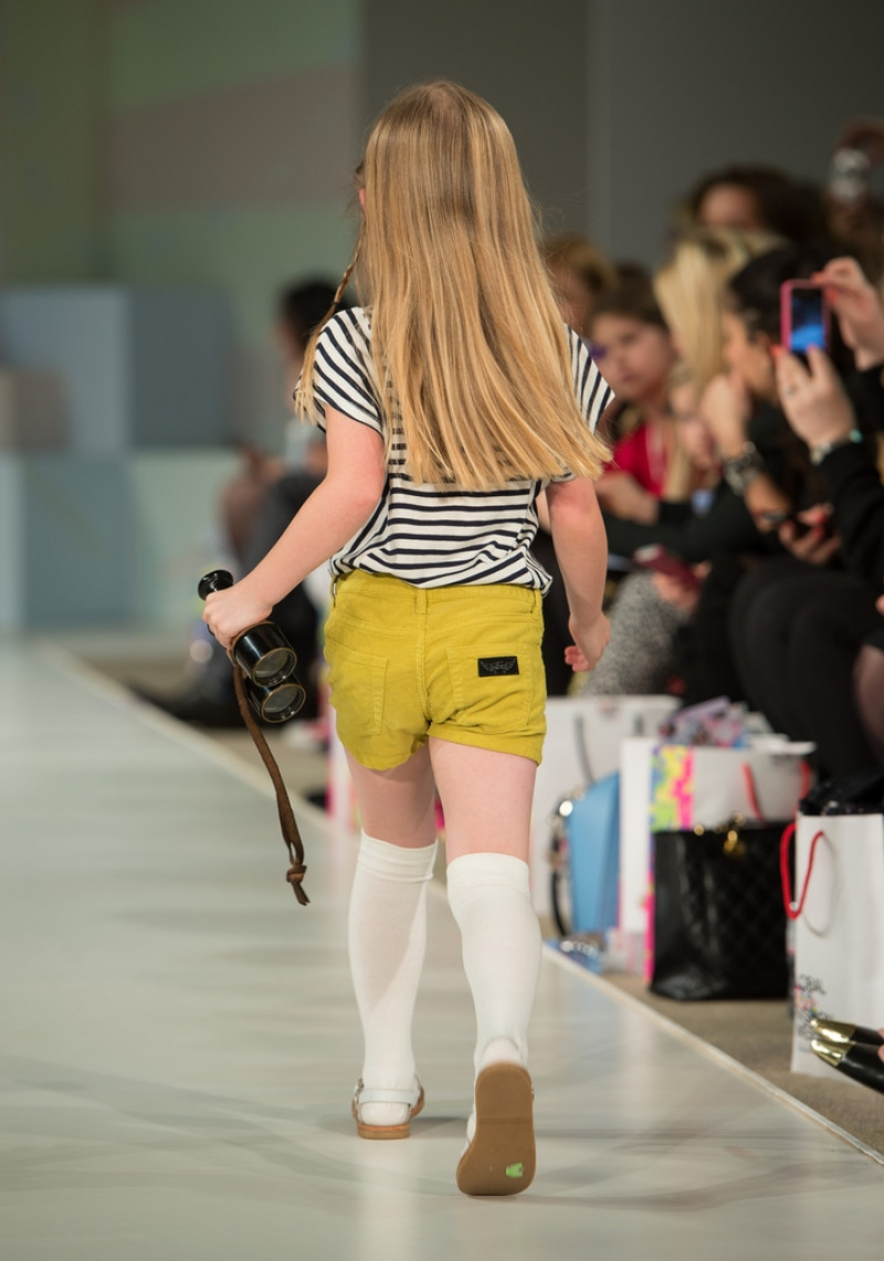 Global Kids Fashion Week Show 32704
