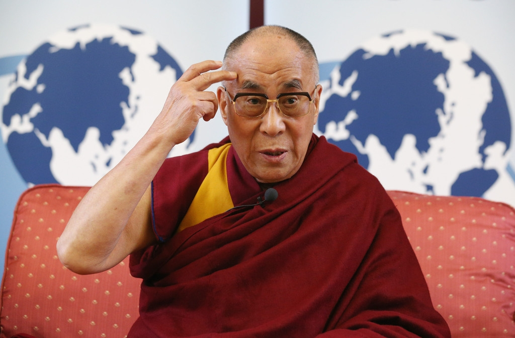 The Dalai Lama Speaks in Cambridge 32717