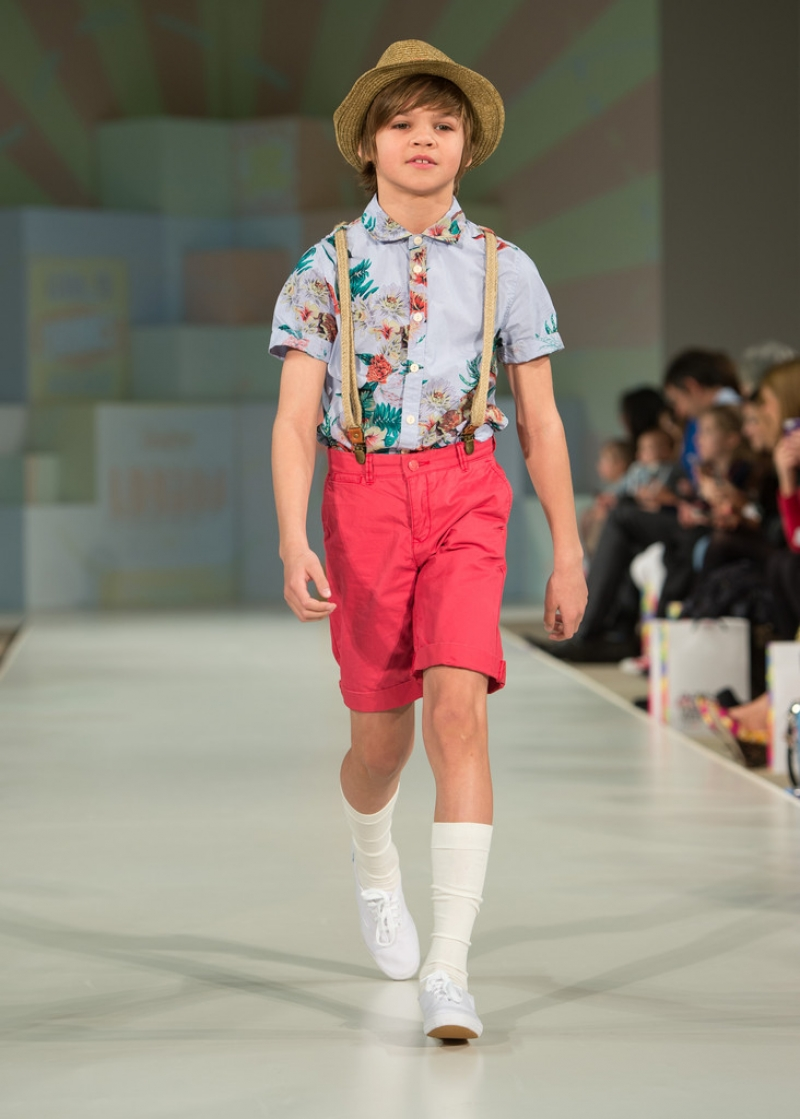Global Kids Fashion Week Show 32774
