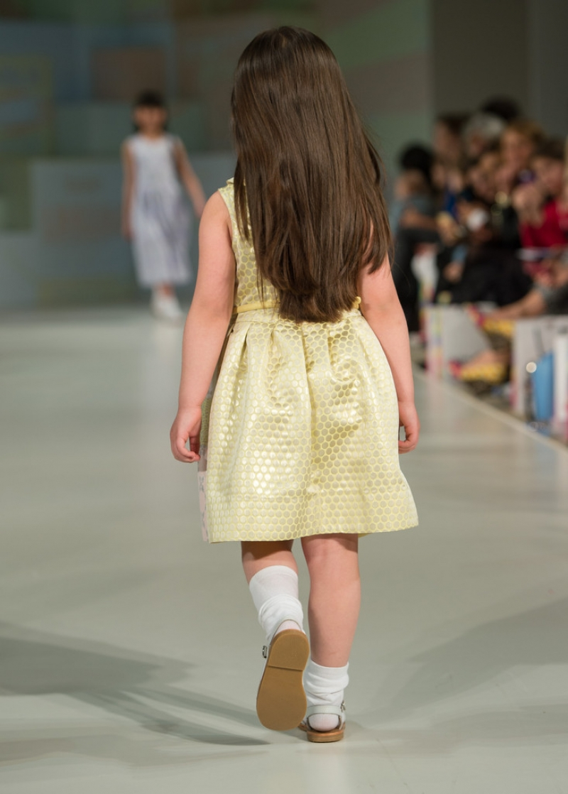 Global Kids Fashion Week Show 32779