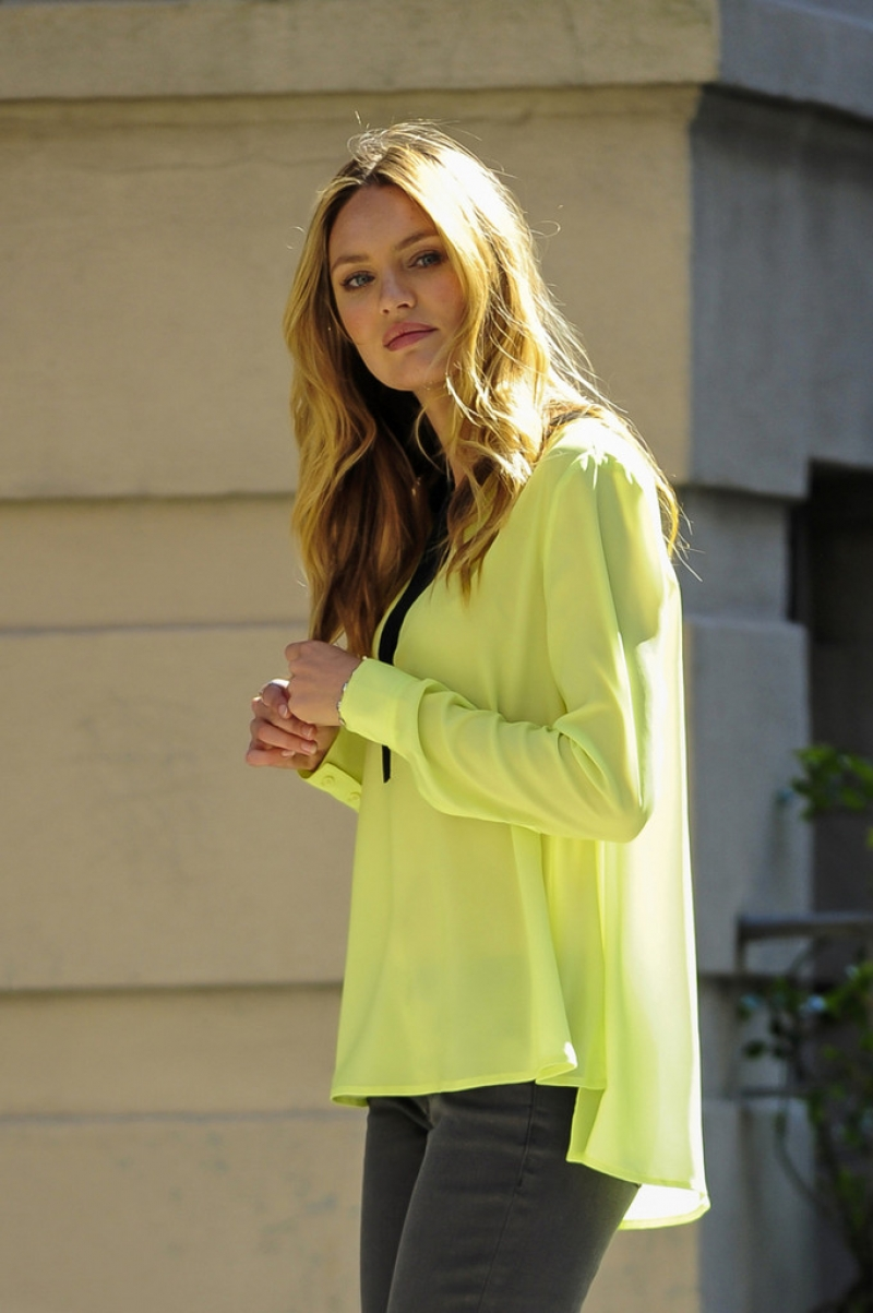 Candice Swanepoel Poses for Victoria's Secret in NYC 32784