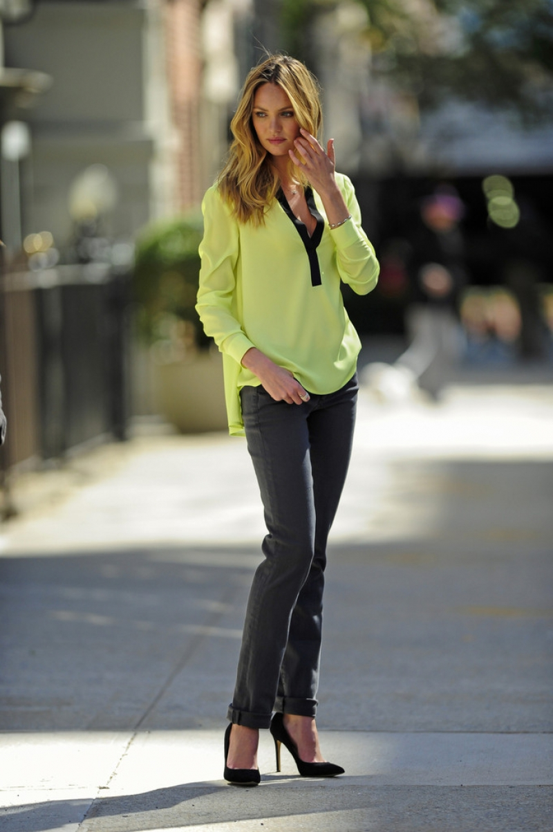 Candice Swanepoel Poses for Victoria's Secret in NYC 32840