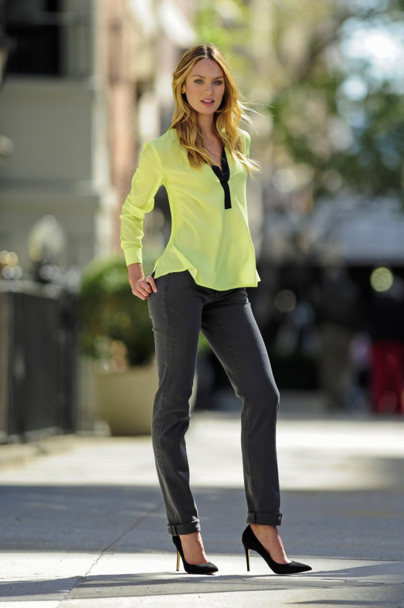 Candice Swanepoel Poses for Victoria's Secret in NYC 32867