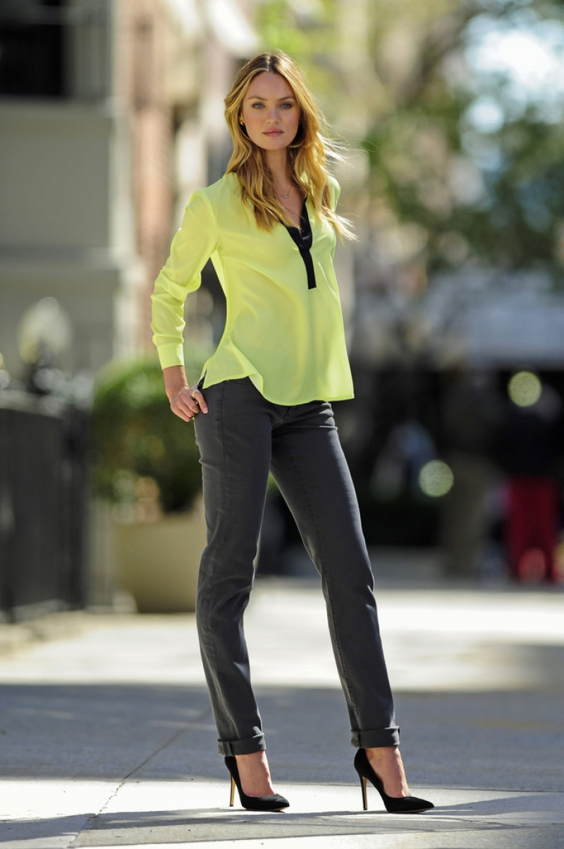 Candice Swanepoel Poses for Victoria's Secret in NYC 32870