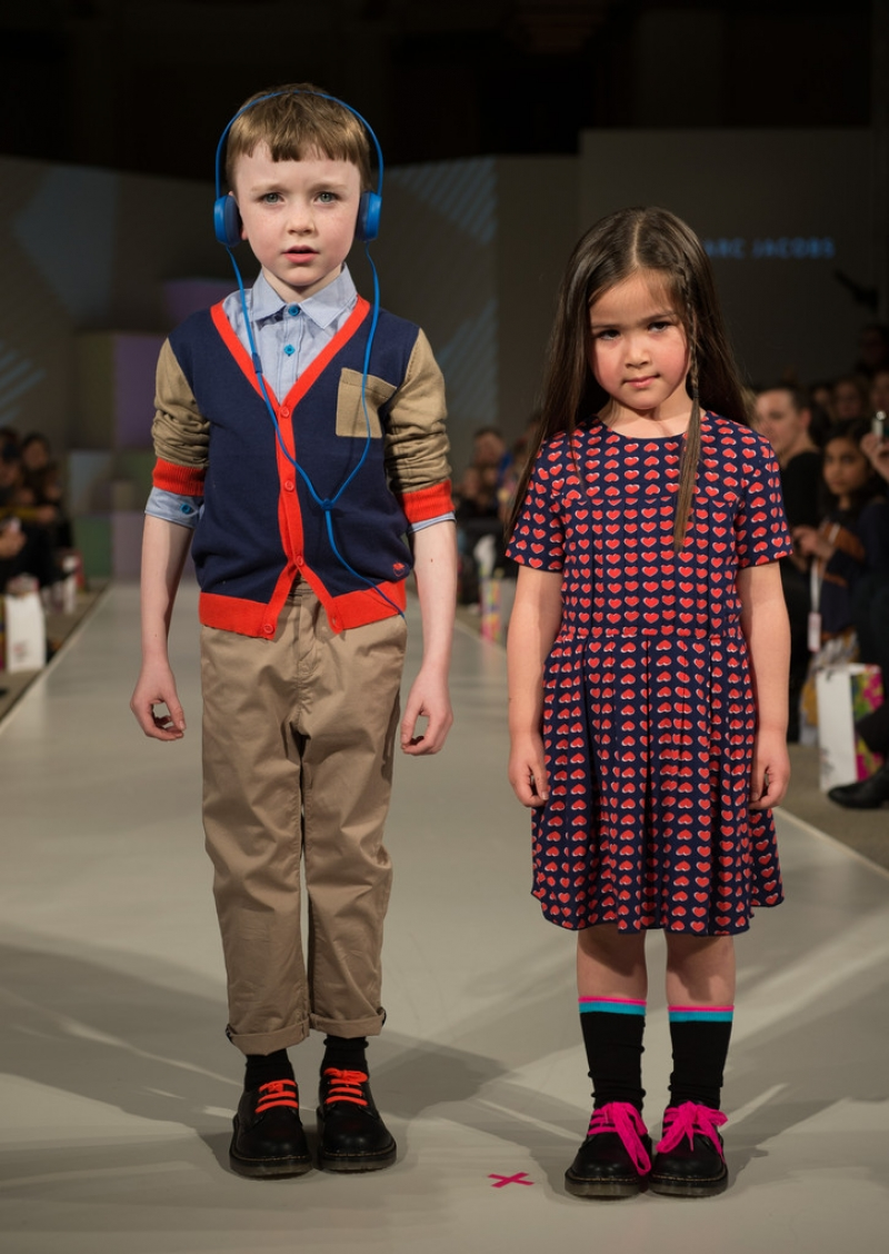 Global Kids Fashion Week Show 32901
