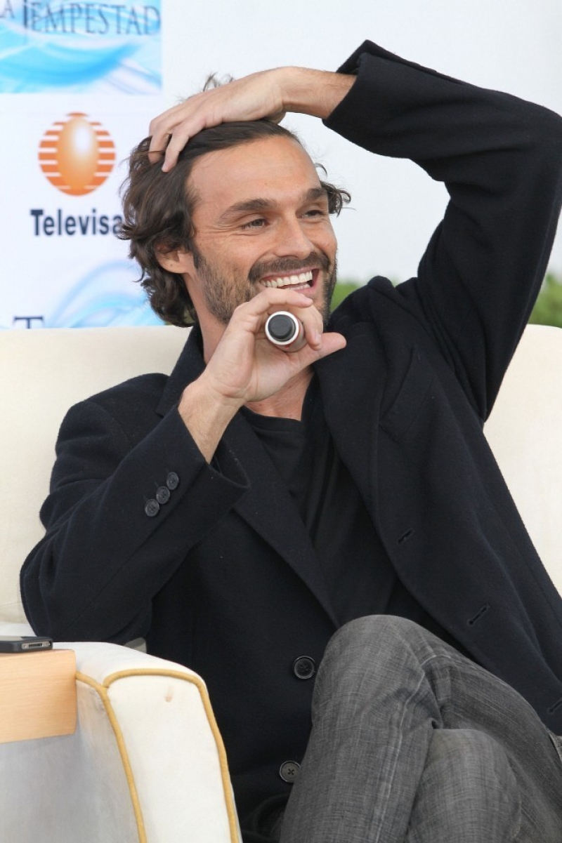 Ivan Sanchez Talks About His Spanish Soap Opera 32910