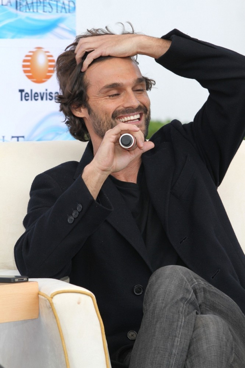Ivan Sanchez Talks About His Spanish Soap Opera 32911