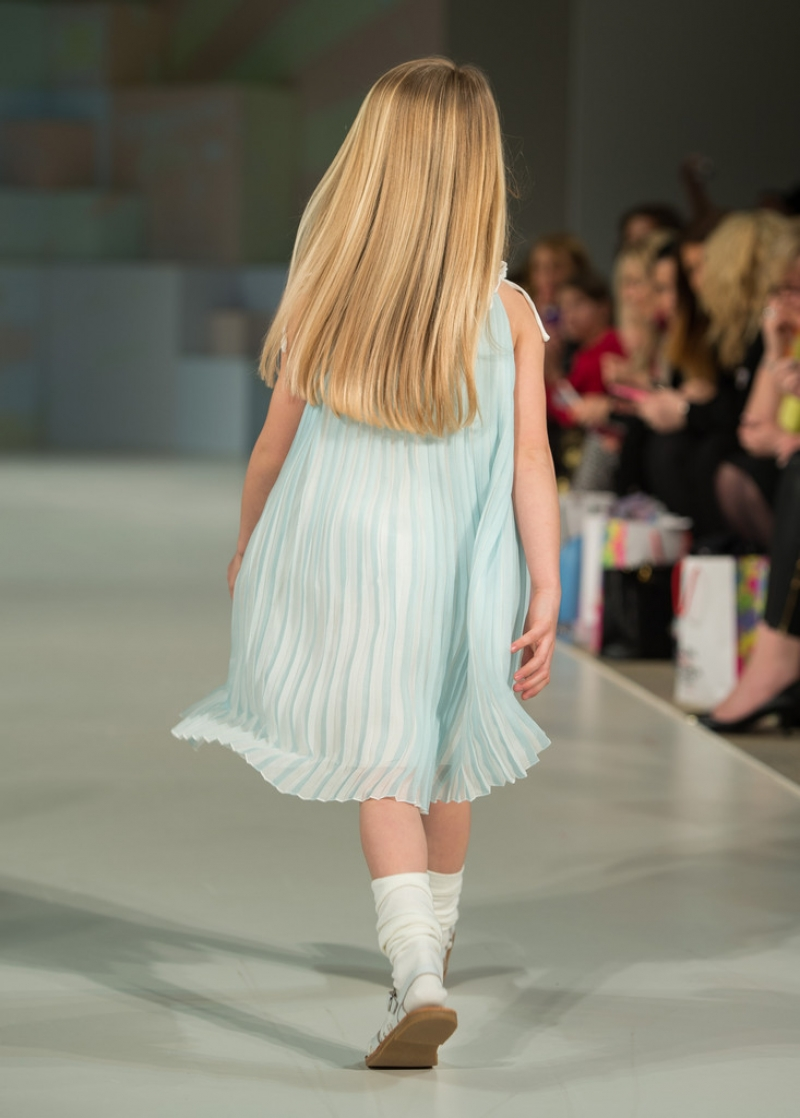 Global Kids Fashion Week Show 32945