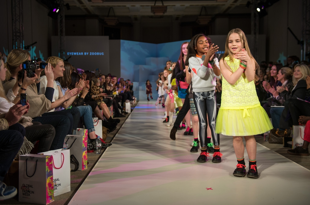Global Kids Fashion Week Show 33026