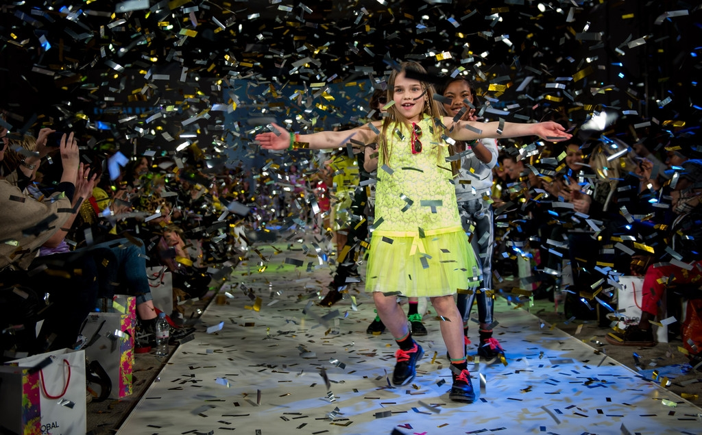 Global Kids Fashion Week Show 33033