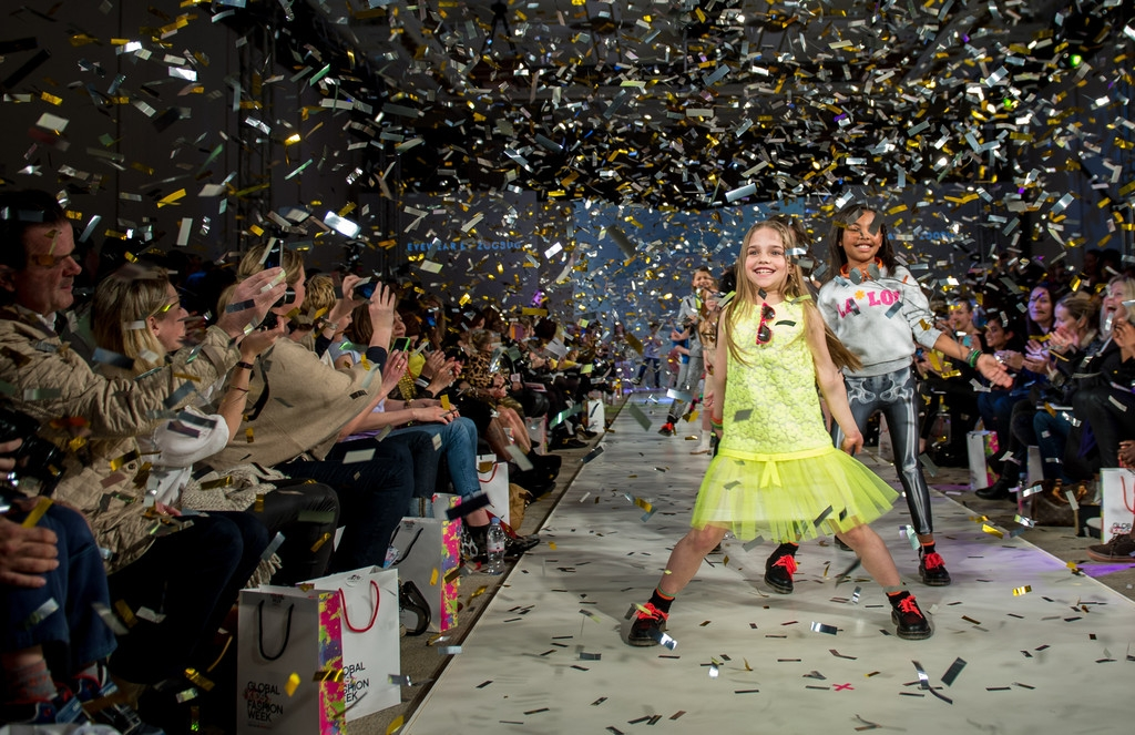 Global Kids Fashion Week Show 33039