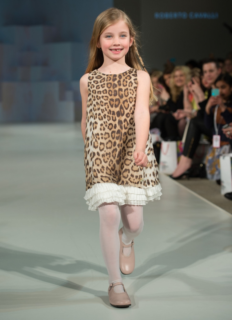 Global Kids Fashion Week Show 33076