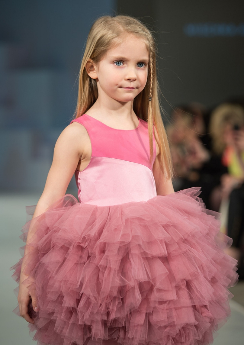 Global Kids Fashion Week Show 33087