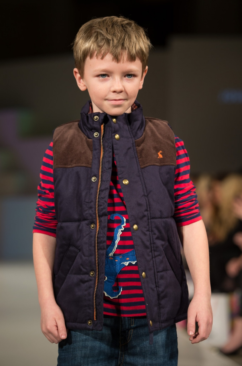Global Kids Fashion Week Show 33160