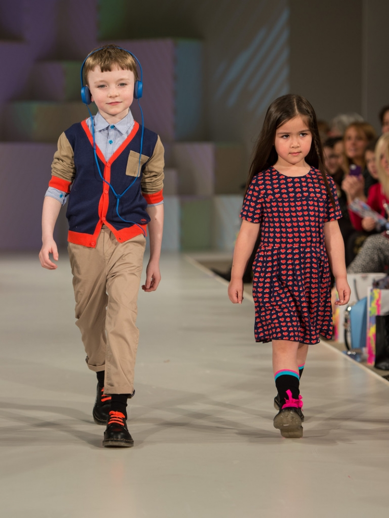 Global Kids Fashion Week Show 33220