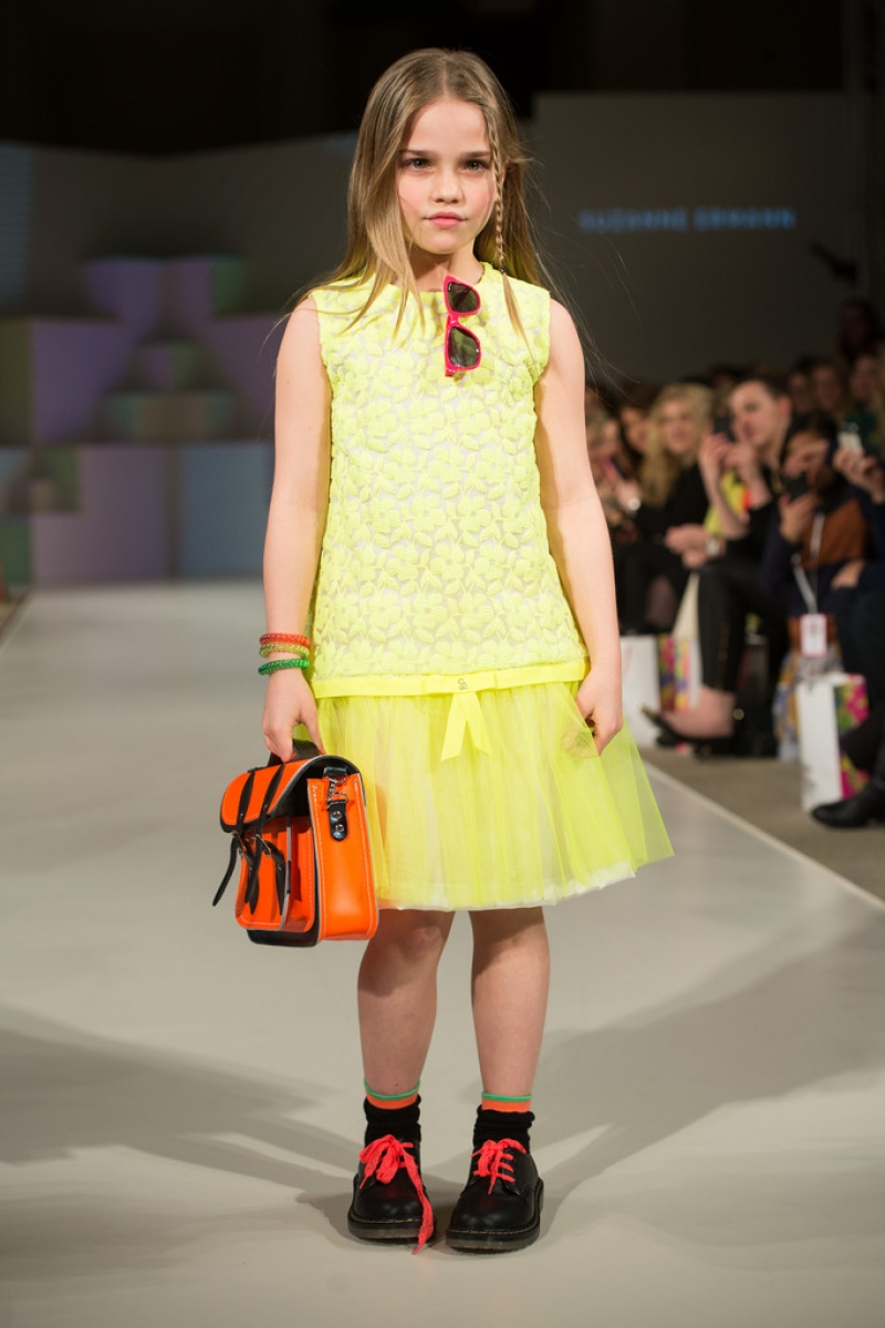 Global Kids Fashion Week Show 33232