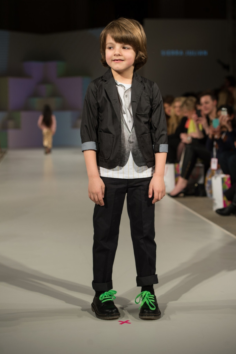 Global Kids Fashion Week Show 33246