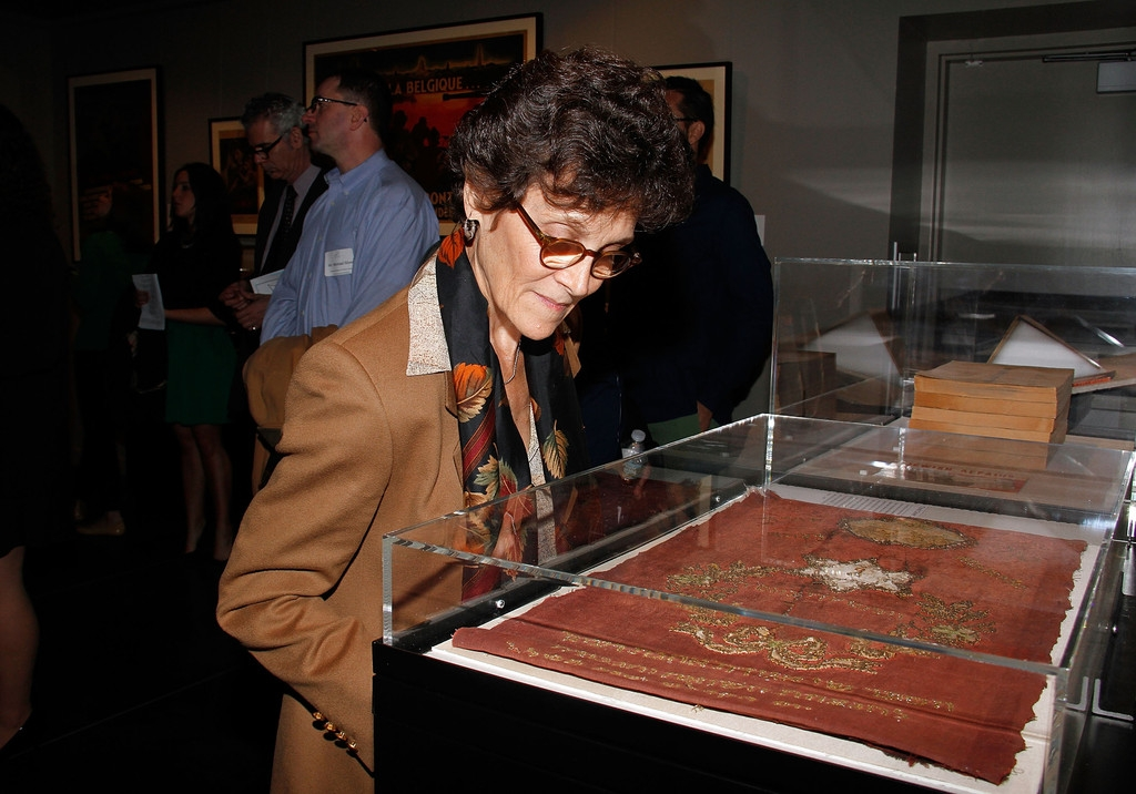 The Holocaust Museum Ribbon Cutting Ceremony 33273