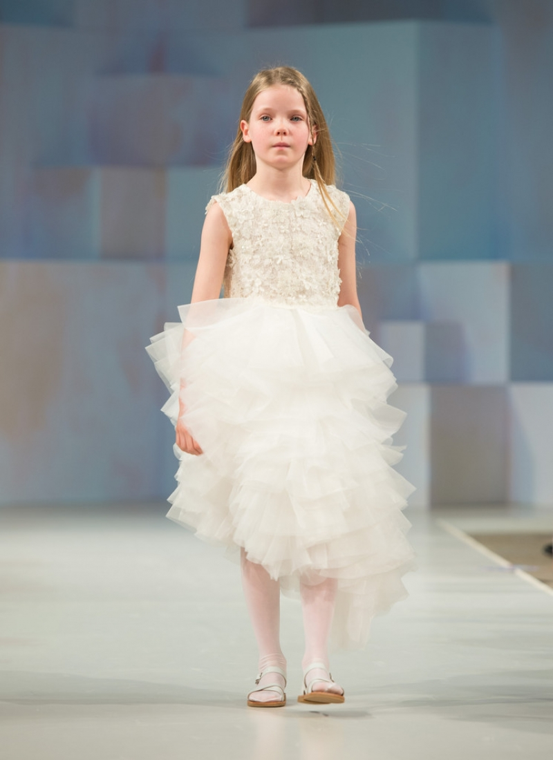 Global Kids Fashion Week Show 33309