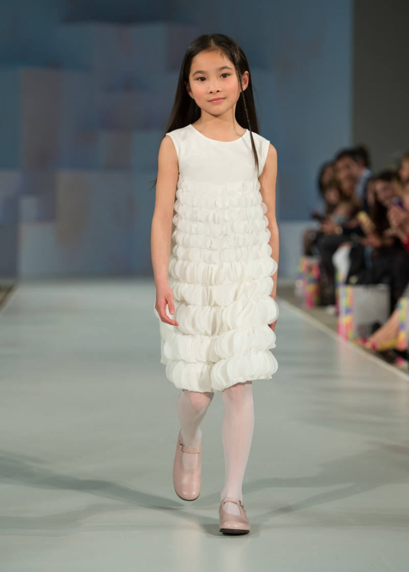 Global Kids Fashion Week Show 33316
