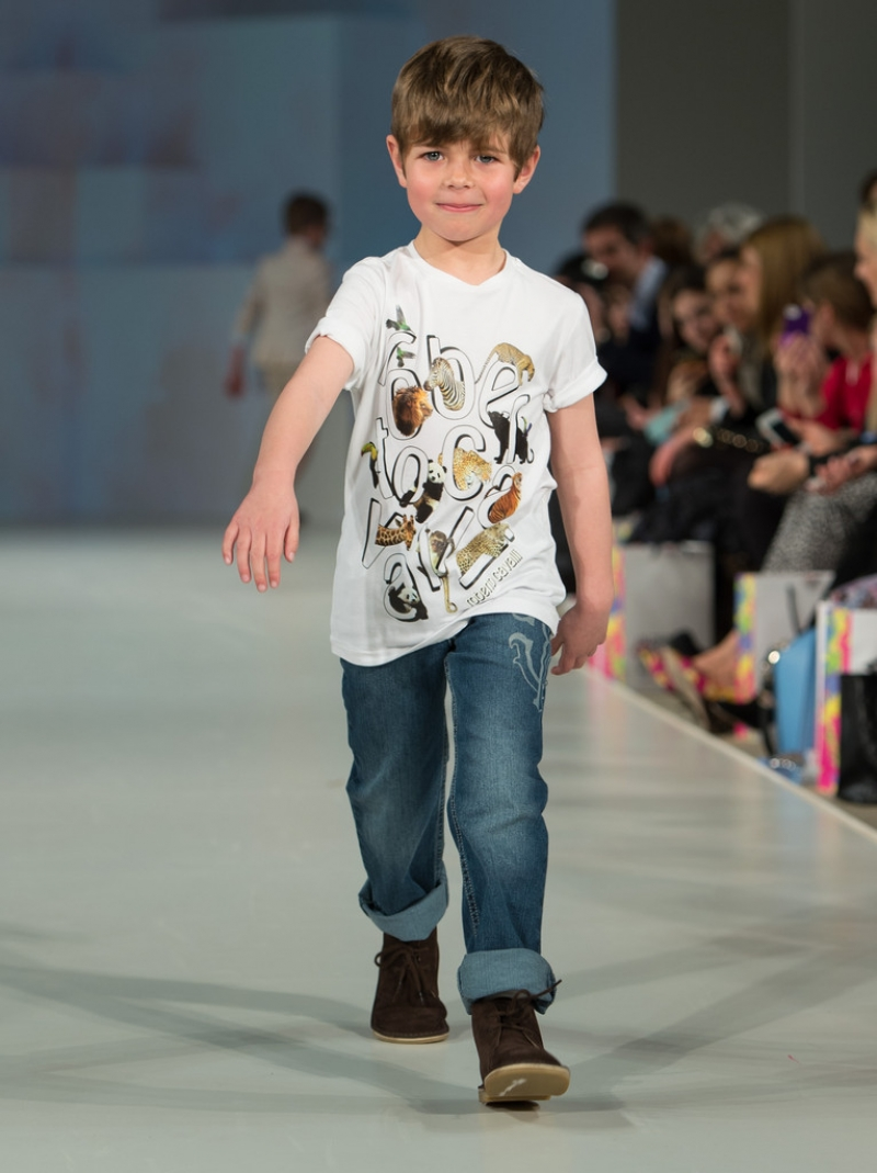 Global Kids Fashion Week Show 33330