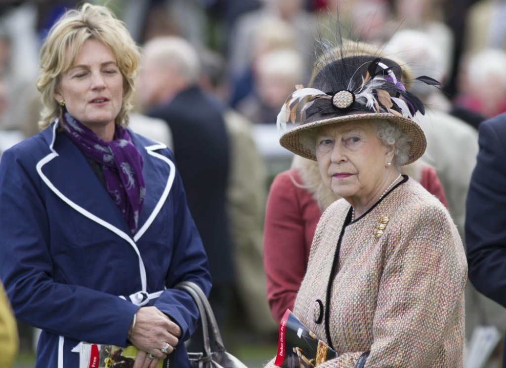 Queen Elizabeth II Wins Big at the Newbury Races 33656